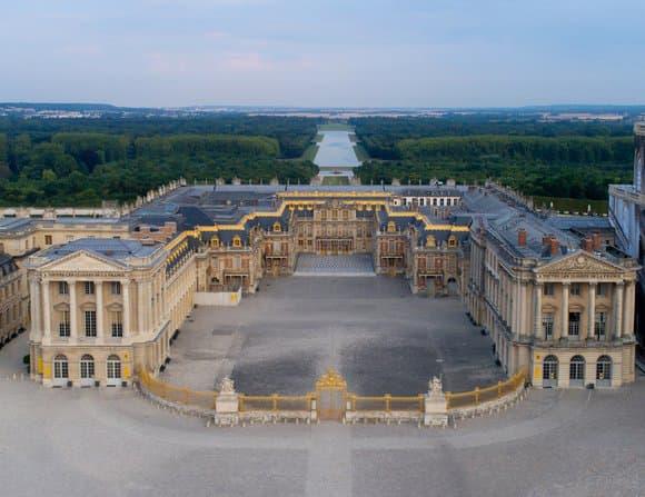 Le château de Versailles et le Grand Palaisde chez soi, comme si on y était